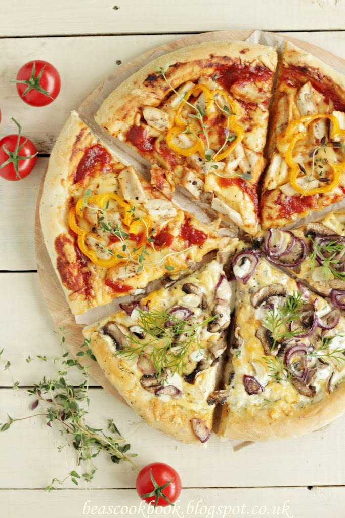 Two flavours PIZZA – and the best dough base!