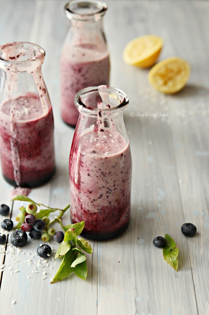 Blueberry, lemon and coconut MILKSHAKE